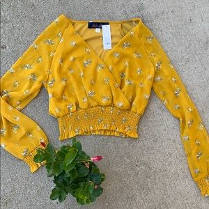 Francesca's NWT Mustard Yellow Floral Crop Top